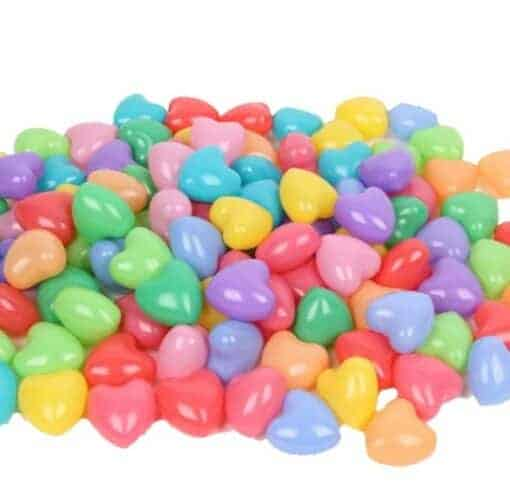 Herzen au Plastik in verschiedenen Farben