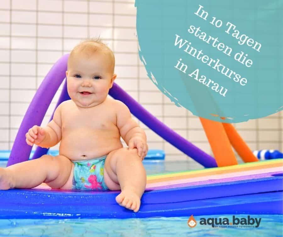 Baby der Schwimmschule Graf beim Babyschwimmen