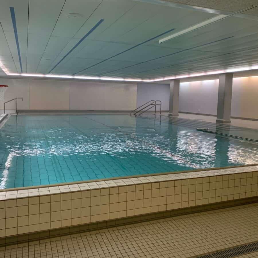 Hallenbad der schwimmschule Graf in Aarau