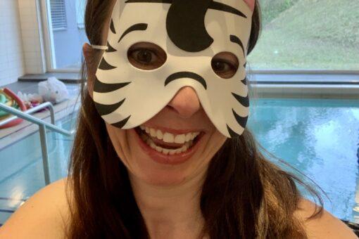 Fasnachts-Zebra im Seespital Kilchberg